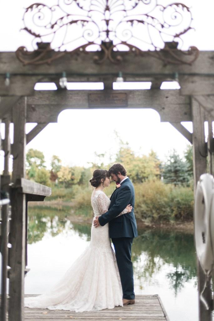 belcroft-estates-wedding-innisfil-ontario-canada-fall-autumn-wedding-photographer-57