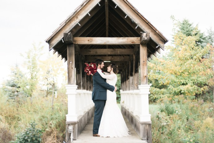 belcroft-estates-wedding-innisfil-ontario-canada-fall-autumn-wedding-photographer-60