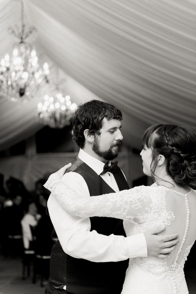 belcroft-estates-wedding-innisfil-ontario-canada-fall-autumn-wedding-photographer-73