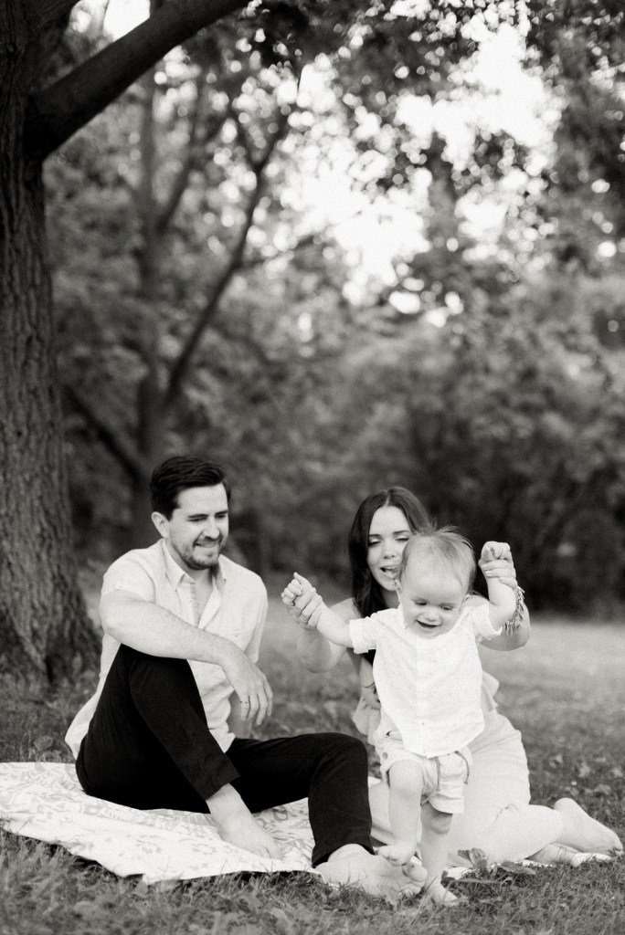 Family-Photography-High-Park-Toronto-Lifestyle-Shyla-Mike-Adams-8