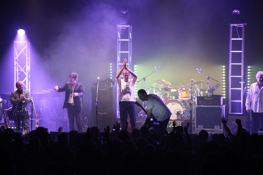 Dire Straits Legends Bari - foto gruppo_b