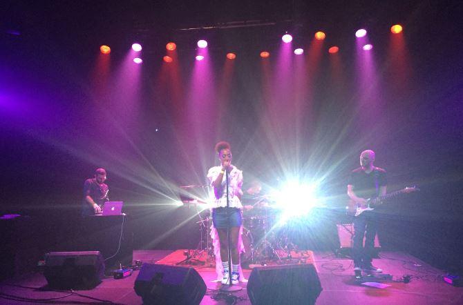 Senhit live_Melkweg_Amsterdam 2