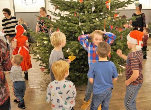 juletræsfest-2017-008