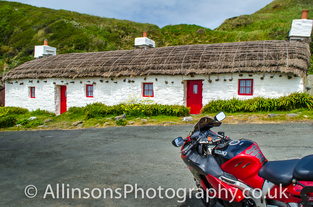 Suzuki GSX1300r at Manx cotages