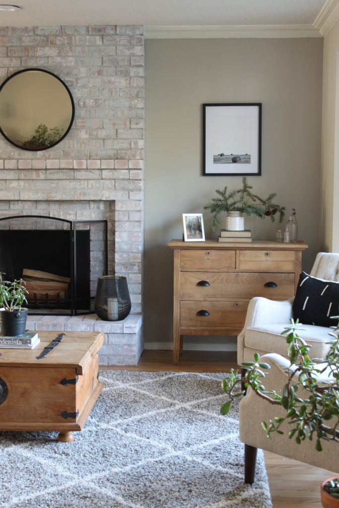 Modern Farmhouse Home Decor Finds for the Living Room ...