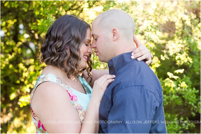 oak valley vineyard bluebonnet engagement session_0001