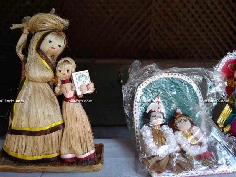 Jute Dolls