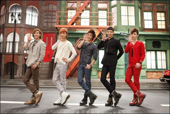 https://i1.wp.com/www.allkpop.com/upload/2010/10/20101030_shinee_1.jpg