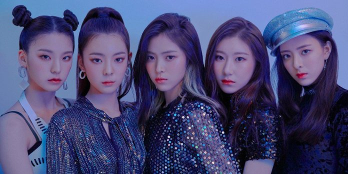 Image result for itzy group shoot