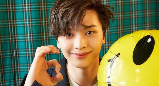 BTOB's Sungjae is all smiles with one day left before releasing solo album 'YOOK O'clock' | allkpop