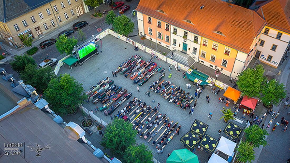 Luftbild Fussball EM 2016 in Bernau bei Berlin Marktplatz Allmie in cooperation mit BernauLive