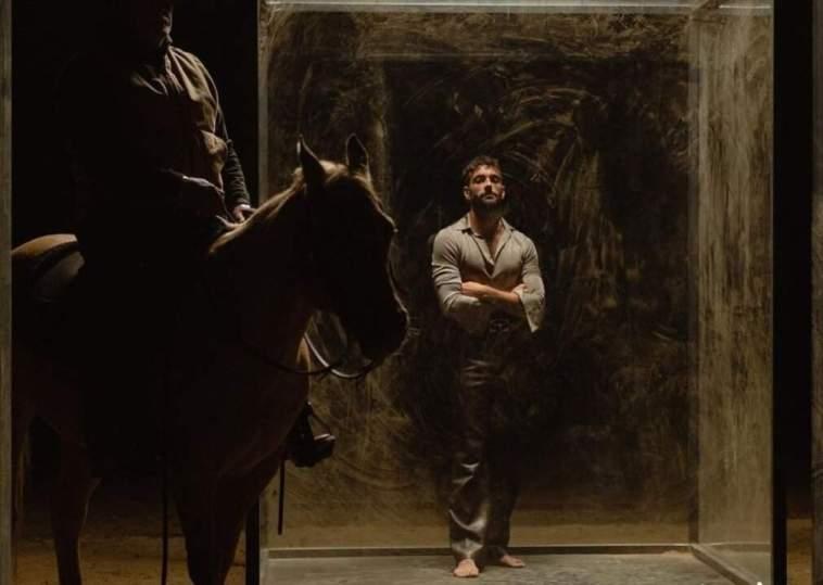 """Marco Mengoni annuncia il nuovo singolo """"Cambia un uomo"""""""