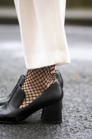 street style mesh tights