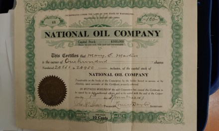 National Oil Company 1919 100 Shares Certificate, folds