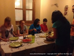 Family CouchSurfing - the family dinner