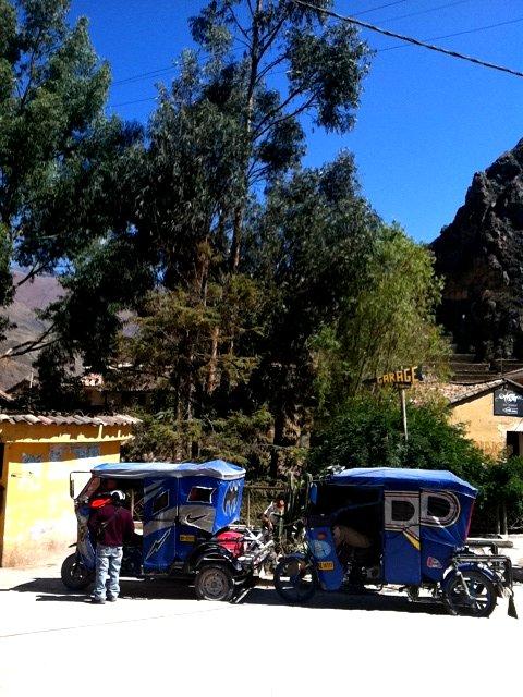 Moto taxis in Peru