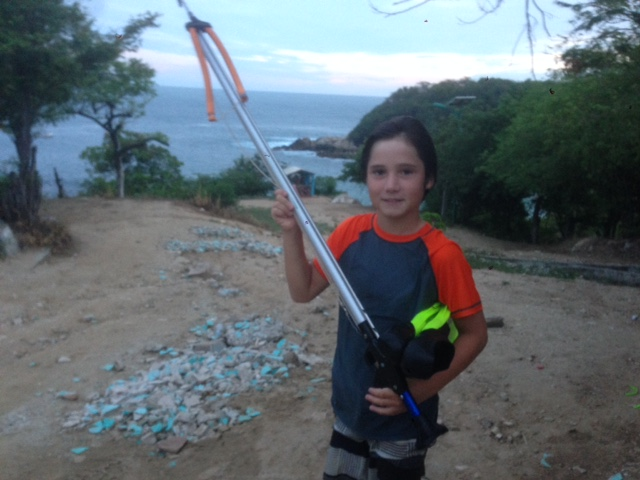 J loved spearfishing along Manzanillo Beach in hurricane like conditions - a hurricane warning had been issued for further up the coast and the swells at this Puerto beach were larger than usual.
