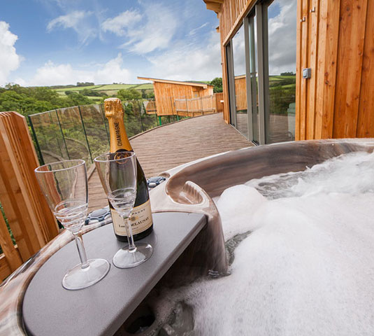 Holiday Let Hot Tubs