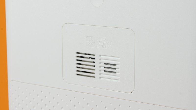 Xiaomi Mi Air Purifier 3H  with a high-precision laser PM sensor
