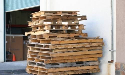 Prepper Must-Haves: Shipping Pallets