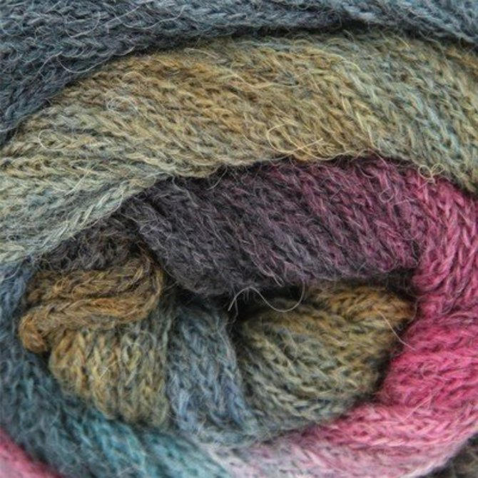 Lang NOvena | All Strung Out Yarns Yarn
