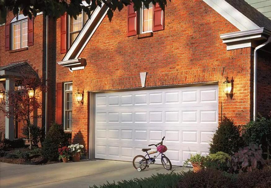 What Color Should I Paint My Garage Door? - Choosing the ... on Choosing Garage Door Paint Colors  id=18018