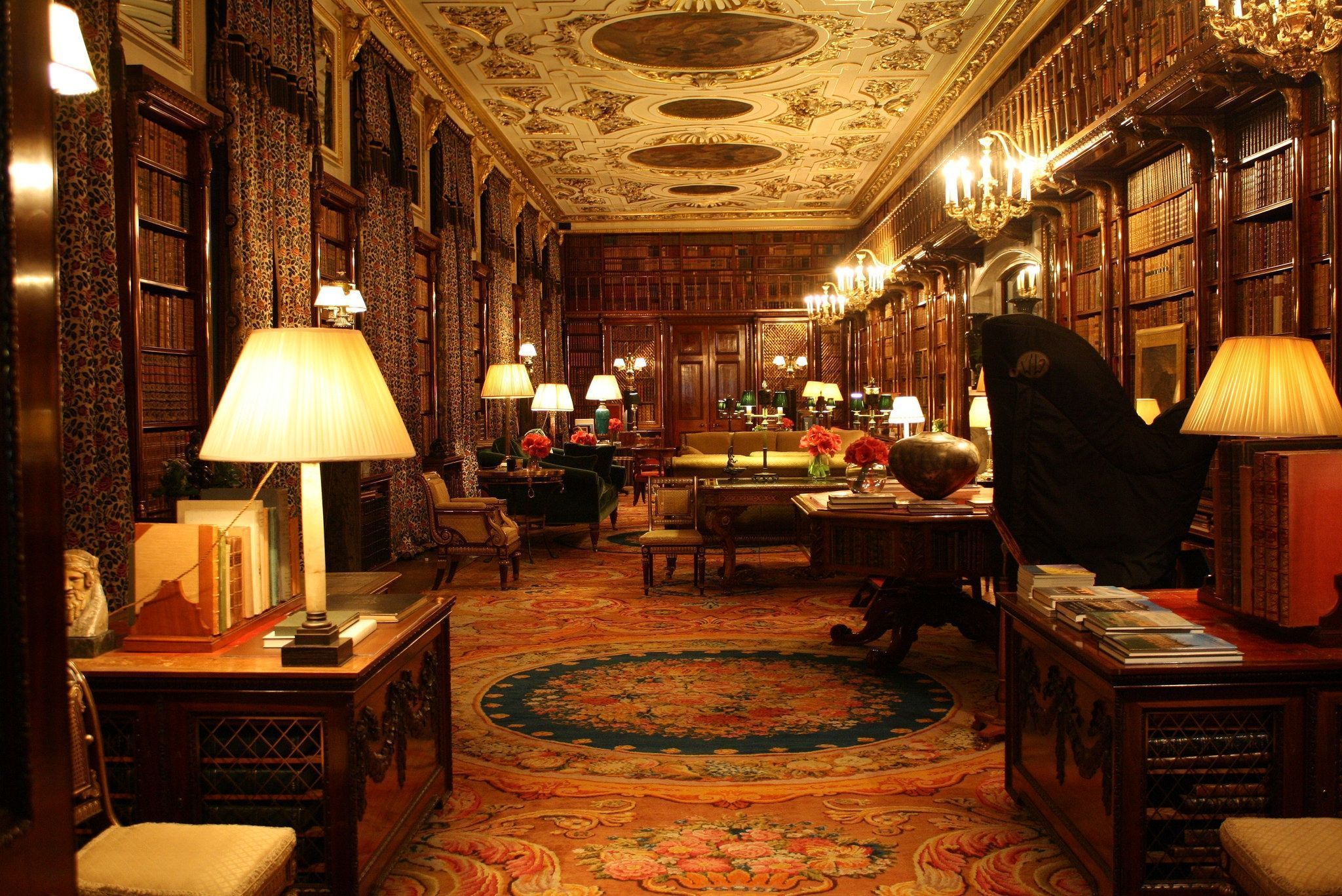 Chatsworth_House_library