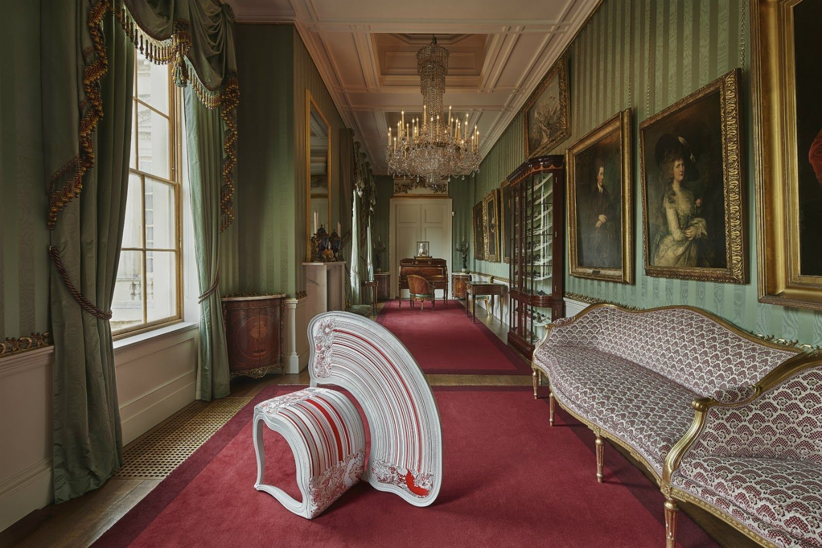 exposicion_de_muebles_make_yourself_comfortable_at_chatsworth_747398133_1800x1200