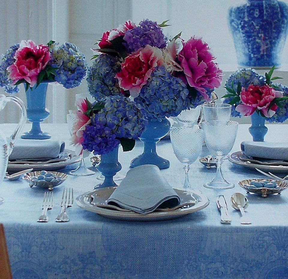 c-r-book-lt-blue-table-setting-hydrangias-6-3x5