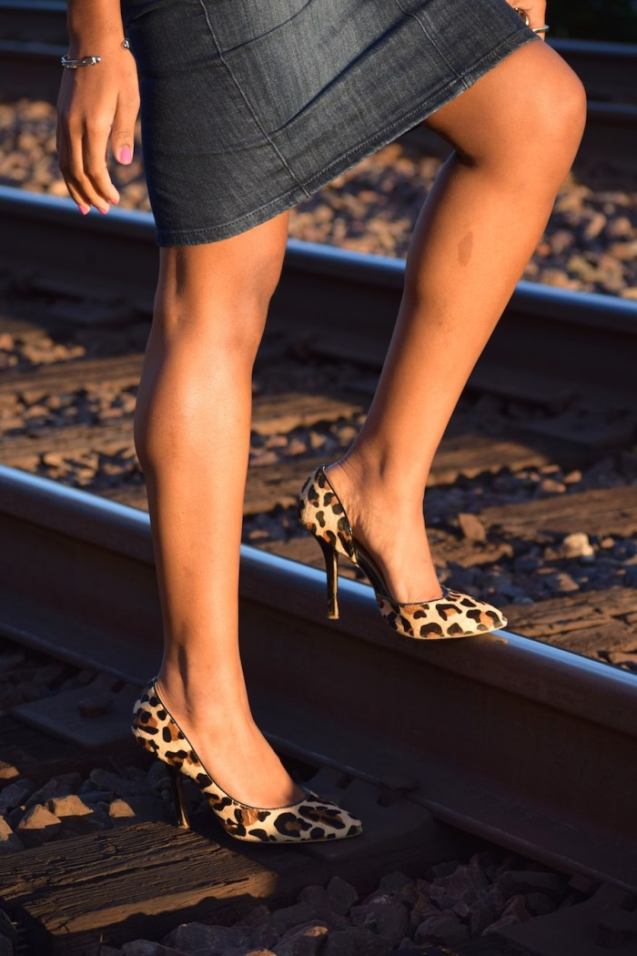 bcbg-leopard-pumps