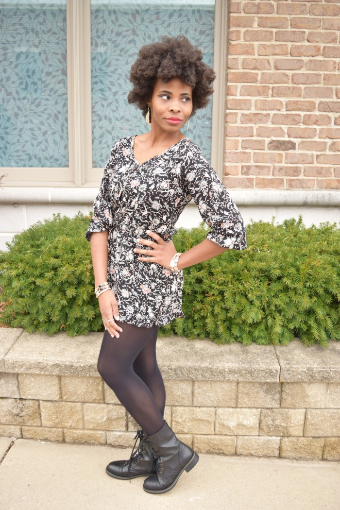 into-spring-outfit-black-floral-romper
