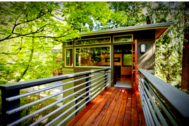 Top 10 Glamping Destinations in Washington - AllTheRooms - The