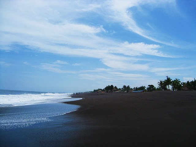 beaches in guatemala