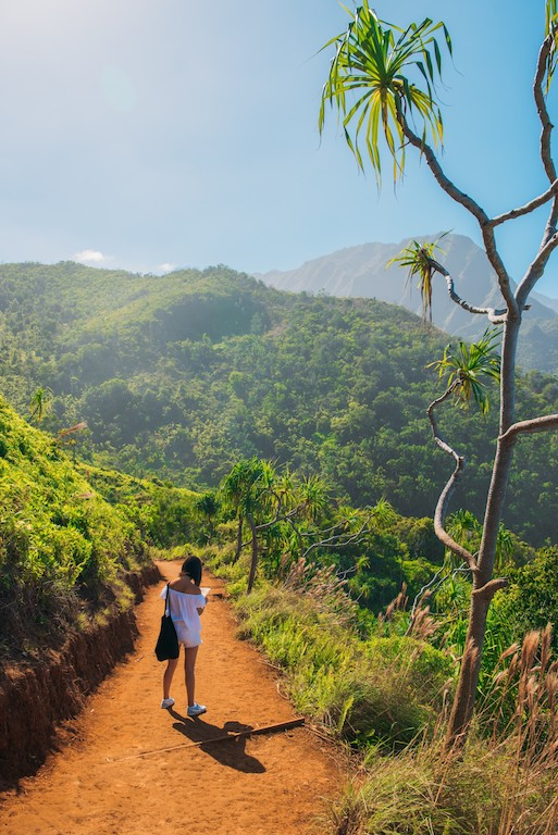 kauai hawaii bucket list travel adventure allthestufficareabout
