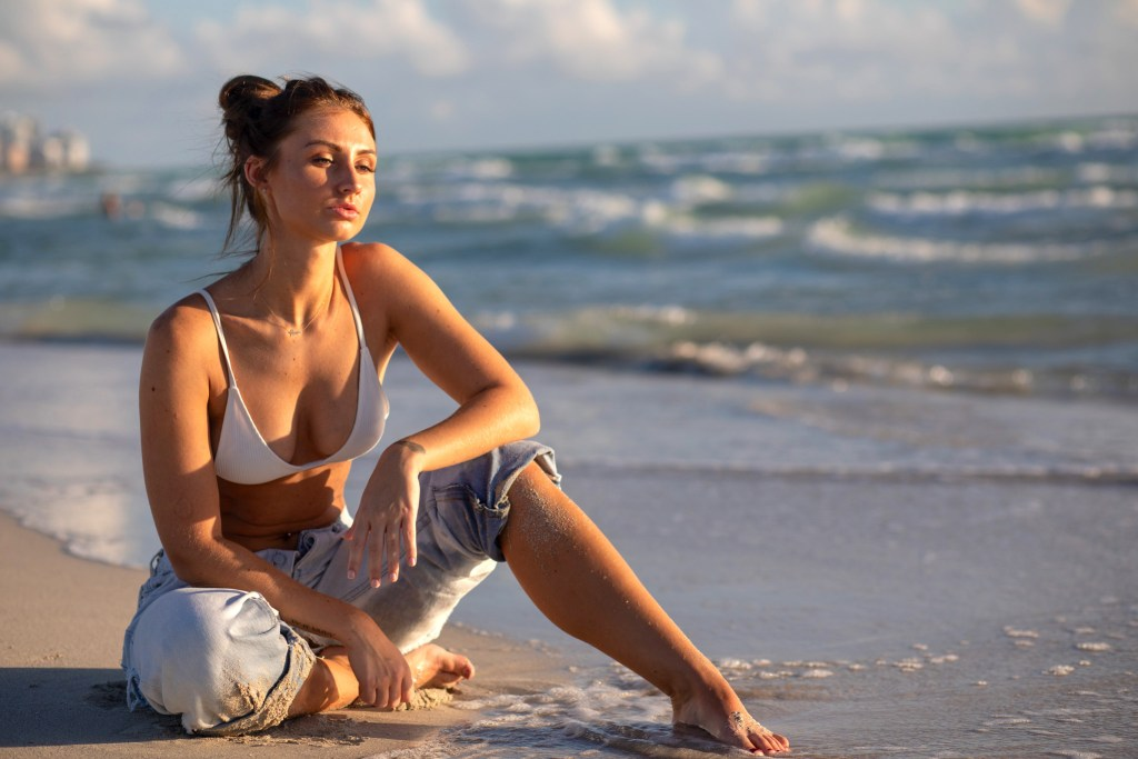 sunrise beach photoshoot ideas