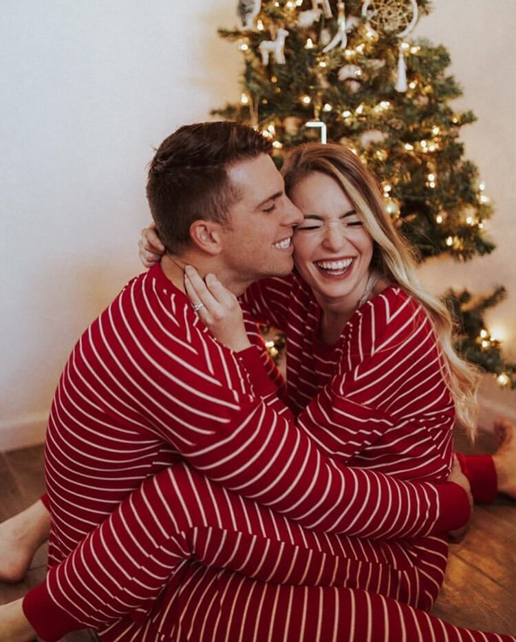Christmas Couple Photoshoot Ideas Relationship Goals Bunnies Beauty Photoshoot All The Stuff I Care About