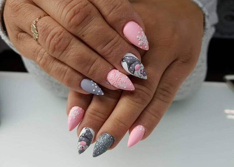 snow nails christmas winter manicure pink pearls