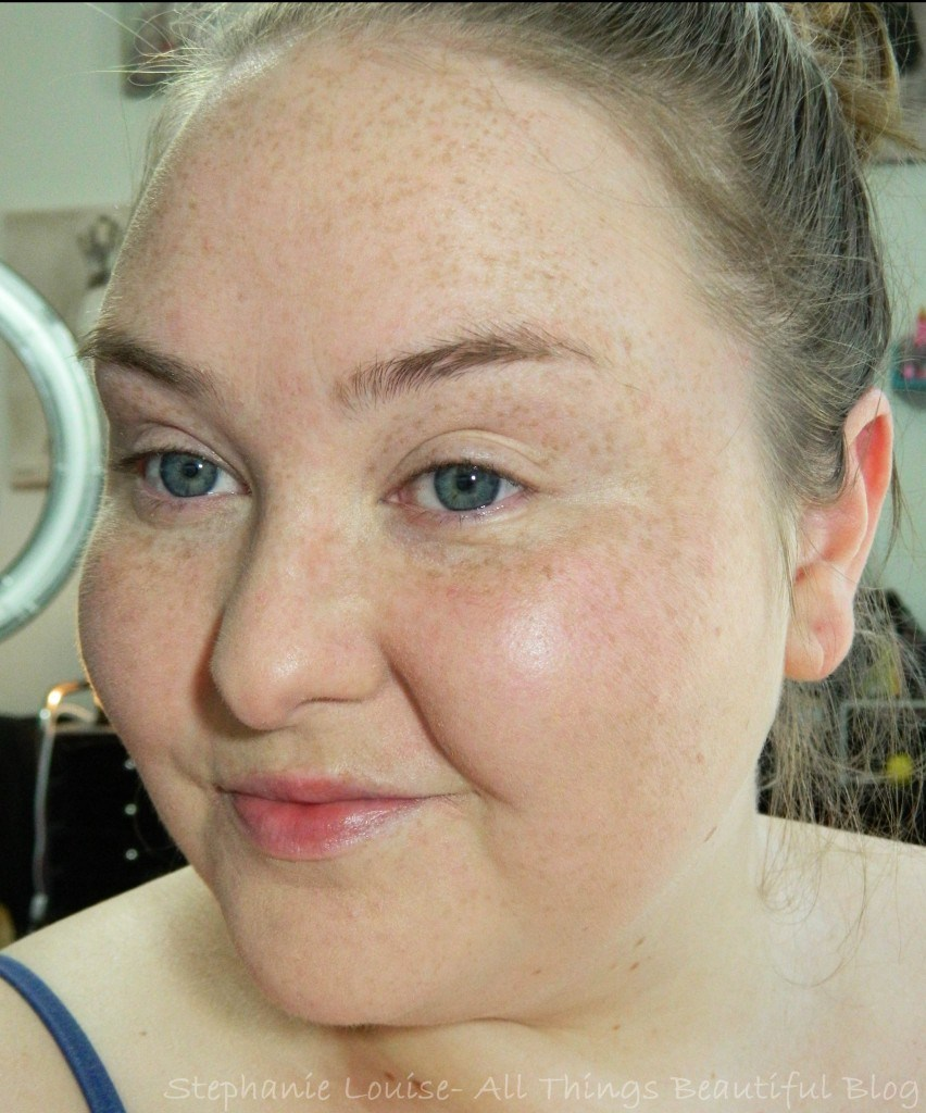 Laura Mercier Smooth Finish Flawless Fluide Foundation Demo & Review