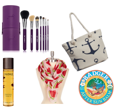 Check out some absolute must-have summer items- you'll definitely want to travel with these on your next vacation or road trip! on All Things Beautiful XO | www.allthingsbeautifulxo.com