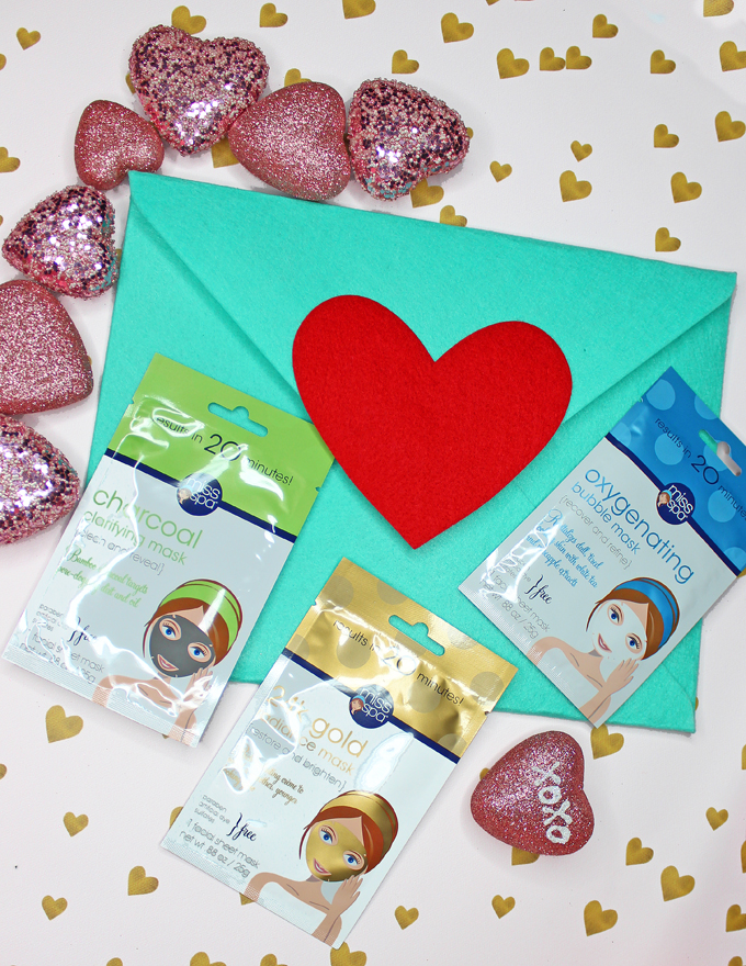 Need an idea for spoiling yourself or someone you love? Perfect for Valentine's Day, Mother's Day, & just because! A Quick Idea for DIY Pampering at Home with ToGoSpa, Fizz & Bubble, Earth Therapeutics, & Miss Spa Ideas on All Things Beautiful XO
