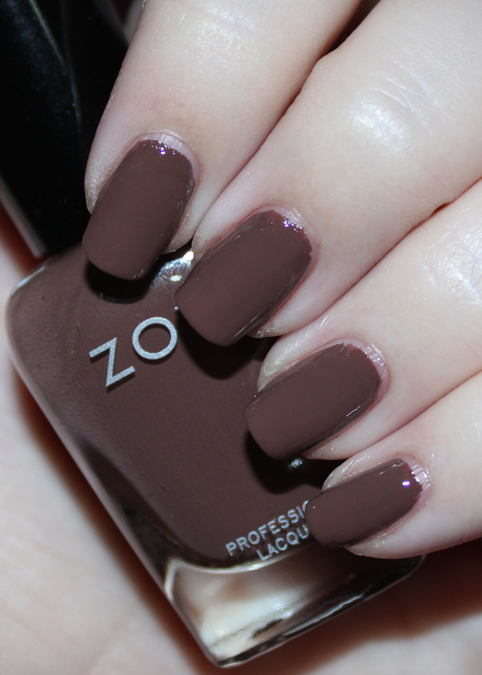 This is Zoya Nail Polish in Gina Swatches & Review Zoya Naturel 3 Collection including the shades Tatum, Cathy, Jill, Mary, Gina, & Debbie on All Things Beautiful XO