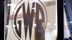 GWR logo glass