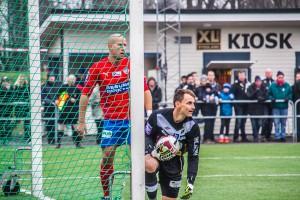 Lindström i nätet istället för bollen? Foto: Samone Falkman