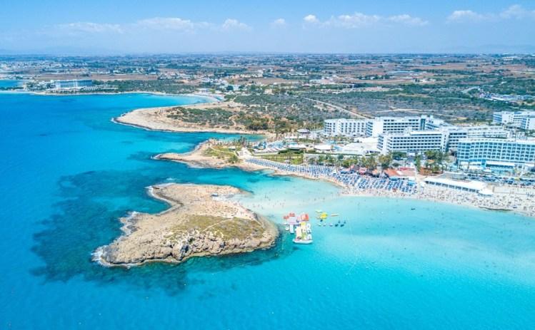 HIF styr kosan mot Cypern