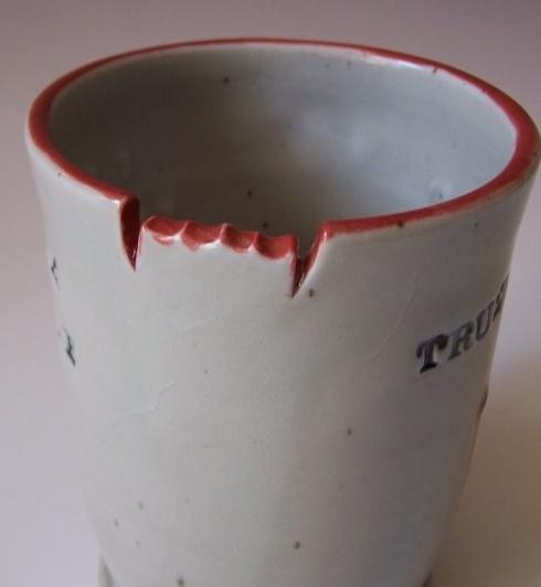Blodig kaffekopp för dig som gillar True Blood