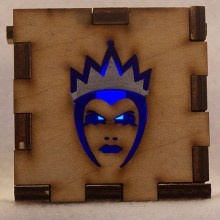 Evil Queen LED Gift Box blue