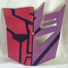 Half Autobot Half Decepticon Art Insert