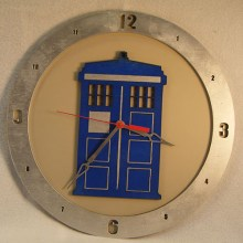 "14"" Wood TARDIS Doctor Who Beige Background Build-A-Clock"