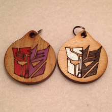Auto-Con Group Different Colored Wood Necklaces and Pendants