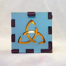 Triquetra Light Blue lit yellow